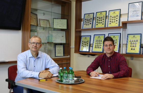 Interjú ifj. Kasza Jánossal akivel a Jász-Plasztik Kft képviseletében beszélgettem